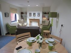 Lovely family home or a hospital ward? An example of the work we did on Rowan Ward in Berkshire #dementiafriendly @dementia_spaces