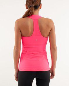 I love the color of this tank and I love lululemon!