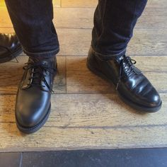 Always good having a second pair of formal shoes, this person bought a second pair of Red Wing Shoes 101 Postman in Black Chaparral to wear to work. Would you like to have a second pair of your Red Wing Shoes? | www.redwingamsterdam.com |  My own and used to the right