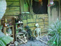 Google Image Result for http://www.halloweenforum.com/members/austin_hauntress-albums-yard-haunt-2010-picture70005-swamp-shack-theme-front-porch-halloween-2010.jpg