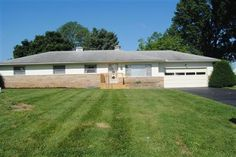 3 Bedrooms, 1 Full/1 Half Bathrooms, 1,624 Sq Ft., Price: $149,900, #: 214035866
