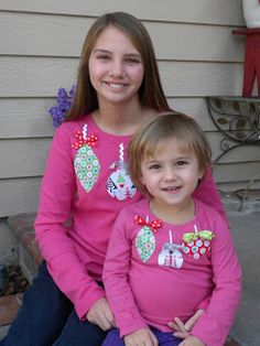 Sewing Sisters: Christmas sewing projects <--- sweet girls' tshirts, sweet stocking, sweet Christmas quilt - a great post with lots of Christmas ideas :) Matching Family Christmas Pjs, Cute Christmas Shirts, Christmas Gifts To Make, Christmas Crafts, Christmas Ideas, Holiday Ideas, Christmas Sewing Projects, Sewing Projects For Kids, Sewing For Kids