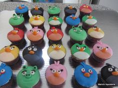 angry birds cupcakes... love them.