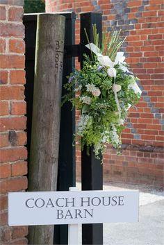 Coach House Barn, Dorney Court - Inspiration Gallery Wedding Venue Image