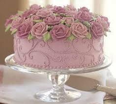 Resultado de imagem para bolos de aniversario com flores para mulheres com 50 anos