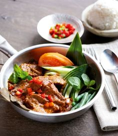 Malaysian Beef Rendang recipe, brought to you by MiNDFOOD