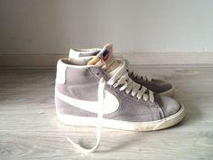 Nike suede sneakers hightops, €50