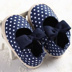 Cute Bowknot Polka Dots Newborn Baby Girl Shoes Prewalker First Walkers Infant Kids Girls Soft Sole Shoes Lovely Sneakers 2016