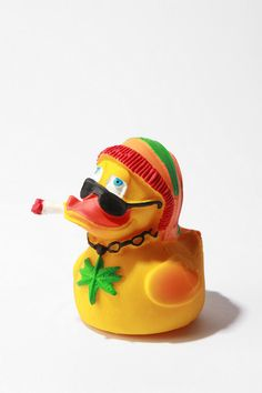 Rubber Rasta Duck. This little dude can join me in bathtime, everytime!