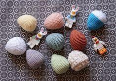 Doudou, maman, papa et moi: Œuf pour la dinette ou pour Pâques [tuto crochet] Crochet, Mom, Ganchillo, Crocheting, Knits, Chrochet, Quilts