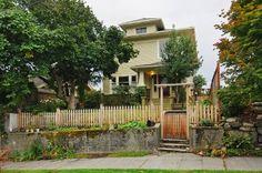 Craftsman House Green Lake 309 NE 52nd St. Like it, lot only 4500
