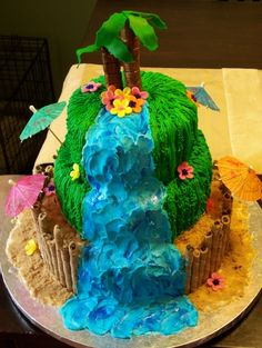 Luau By sweetcherry on CakeCentral.com