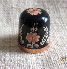 Vintage Folk Art  Enamel on Copper Thimble by angelinabella, $15.00