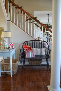 Right up my alley: Christmas House Tour 2013