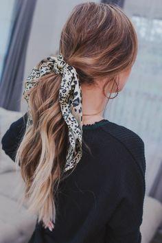 Leopard Head Print Scrunchie, Frisuren, workout hair styles for longer hair Hair Scarf Styles, Braid Styles, Curly Hair Styles, Natural Hair Styles, Scarf In Hair, Hair Scarfs, Box Braids Hairstyles, Summer Hairstyles, Latest Hairstyles