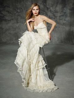 Inspired by Yolan Cris Couture Bridal – Renata Copy :: Very Limited Availability