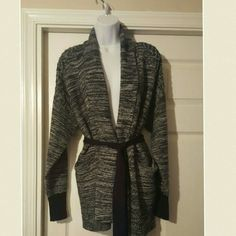 Vera Wang shawl collar kimono style open sweater Vera Wang  Black and white blend shawl collar kimono style open front sweater with tie belt Vera Wang Sweaters Cardigans