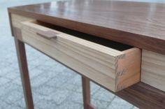 Escritorio.Fine furniture.Mueble artesanal