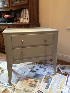 Dressing unit for Amy before and after