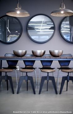Round Mirrors for Table Decoration