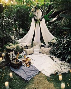 65 New Ideas For Backyard Wedding Ideas Romantic Tent Outdoor Spaces, Outdoor Living, Outdoor Decor, Outdoor Ideas, Romantic Picnics, Romantic Night, Romantic Proposal, Perfect Proposal, Romantic Dates