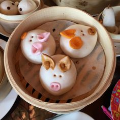 3 of 3: Did you know that to see the Three Little Pigs as steamed pork buns in person, you must prebook at least 24 hours in advance? The Big Bad Wolf needs time to prepare after all... Don't miss any of our travel tips by subscribing to our website newsletter at www.suitcasesandstrollers.com #GoogleUs #suitcasesandstrollers #travel #travelwithkids #familytravel #familytraveltips #traveltips #porkbuns #3littlepigs #oink #funwithfood #kidsmealideas @michellemjleung