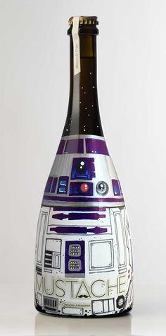 Botella de Cerveza MARIO BROS. pintada a mano por Dokidoki Planet. De venta en dokidokiplanet.com