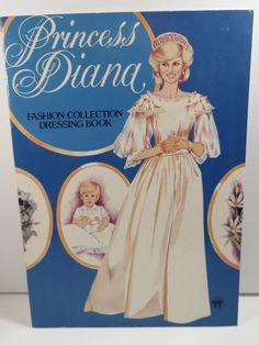 Princess Diana Fashion Collection Dressing Book by fsfarmvintage, $30.00 Souvenir, La Moda Princesa Diana, Pnina Tornai, Diana Spencer, Lady Diana, Chica De Portada, Muñecas De Papel, Dressing, Princesa Diana