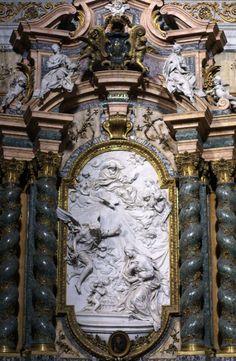 Filippo della Valle. Annunciation. 1750. Marble. Sant'Ignazio. Roma, Italia.
