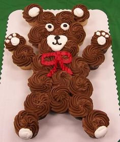 Teddy Bear Cupcake Cake...these are the BEST Pull-Apart Cake Ideas!