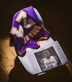 High quality Kobe Bryant gifts and merchandise. Inspired designs on t-shirts, posters, stickers, ho. Kobe Bryant 8, Kobe Bryant Family, Lakers Kobe Bryant, Kobe Basketball, Kobe Mamba, Kobe Bryant Pictures, Kobe Bryant Black Mamba, Nba Pictures, Larry Bird