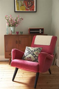 Vintage armchair - I would love to find one of these for my bedroom!
