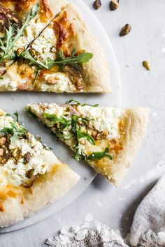 This Pistachio White Pizza is made with plenty of burrata cheese and topped with red onions, arugula and pistachios for a salty kick! Quick Vegan Meals, Healthy Recipes, Spinach Recipes, Bean Recipes, Cod Recipes, Chickpea Recipes, Noodle Recipes, Sausage Recipes, Turkey Recipes