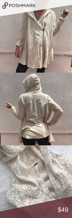 Free People daisy hooded sweatshirt SZ M Free People daisy hooded sweatshirt SZ M. Front zip with inside button and a comfy hoody. This is brand new, worn once, great condition. Free People Tops Sweatshirts & Hoodies