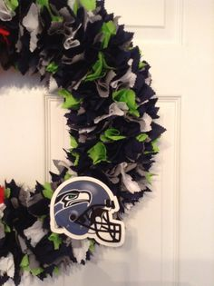 "18"" Seattle Seahawks fabric wreath"