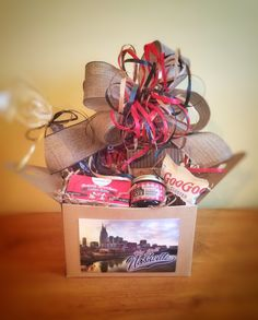Gift Baskets in Nashville, Tennessee with local products for Corporate, hospitality and marketing gifts. Gourmet gifts with local Nashville products. Corporate Gift Baskets, Corporate Gifts, Gourmet Gifts, Nashville, Artisan, Gift Wrapping, Hamper, Gift Wrapping Paper, Promotional Giveaways