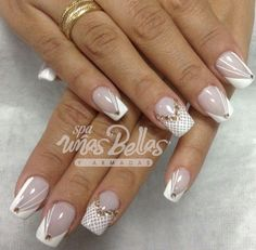 New Nails Design Elegant French White Flowers Ideas Silver Glitter Nails, Rhinestone Nails, Bling Nails, White Nails, My Nails, Long Nail Designs, Creative Nail Designs, Nail Art Designs, Nails Design