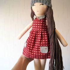 "Masha doll height 50 cm (19 ""), does not sit down, clothing is removed, it is possible to do different hairstyles.😻💞 .    Кукла Маша высотой 50 см (19""), не садится, одежда снимается, можно делать разные прически.😻😽  .  #kuklamoo"