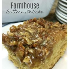 FARMHOUSE BUTTERMILK CAKE – Awesome old fashioned tried & true cake with buttermilk and brown sugar, topped with a sweet and sticky pecan… Slow Cooker Shredded Chicken, Shredded Chicken Tacos, Crazy Cake Recipes, Crazy Cakes, Chocolate Chip Oatmeal, Chocolate Chip Cookies, Homemade Steak Sauces, Wacky Cake