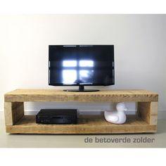 TV-meubel van oude balken