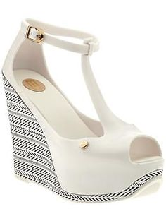 Wish they had these in my size!!! - Melissa Shoes Melissa Peace III | Piperlime