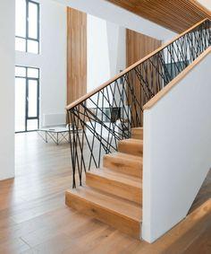 idee design inneneinrichtung holz treppe gelaender modern skandinavisch