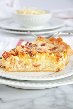 Quiche Lorraine With Bacon, Swiss & Gruyère Great Recipes, Favorite Recipes, Yummy Recipes, Recipies, Bacon Quiche, Frittata, Quiche Recipes, Cheese Recipes, Easter Brunch