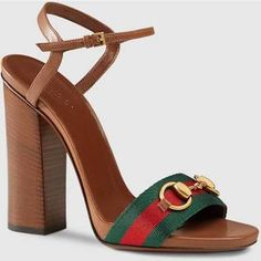 10a34f282c Image result for vintage womens gucci shoes Sapato Casual