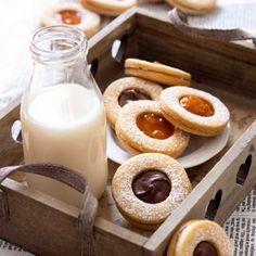 Cruffin - La ricetta senza burro e uova - di Mammachechef Glass Of Milk, Food Photography, Cheesecake, Muffin, Healthy Recipes, Cooking, Sweet, Desserts, Pasta Fillo