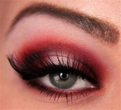Step-By-Step Red Eyeshadow Tutorial Contour Makeup, Makeup Geek, Makeup Inspo, Makeup Inspiration, Makeup Tips, Makeup Ideas, Punk Makeup, Red Eye Makeup, Skin Makeup