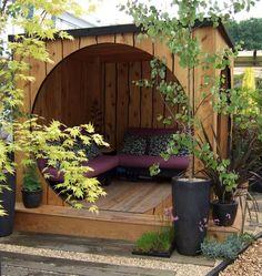 nice cozy outdoor sapce!: