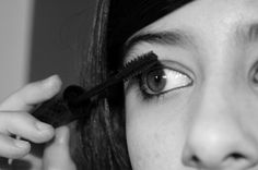 Blepharitis And Eye Make Up: Do's And Don'ts
