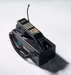 Produced by Motorola in 1988.  Sold under the name Storno.