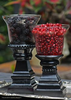 DIY Gothic Serving Bowls - A Goth It Yourself / Trash to Treasure Project for the Rocker Host - Halloween Masquerade Party - Disney Halloween, Spooky Halloween, Halloween Dinner, Halloween Decorations, Halloween 2020, Halloween London, Halloween Buffet, Halloween Entertaining, Pretty Halloween